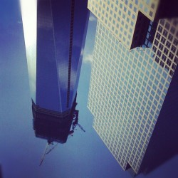 Thursday turnt #UpsideDown #NewYorkCity #OneWorldTradeCenter #WorldFinancialCenter #FinancialDistrict #BatteryParkCity #TriBeCa #Skyscrapers  (at 2 World Financial Center)