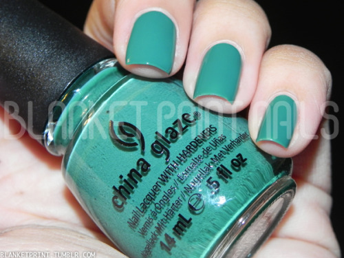 Color: Exotic Encounters (China Glaze)Retail Price: $7.00 (USD) This shade is from China Glaze's fall 2012 On Safari collection. It is a dusty yet bright teal with a creme finish. I know this is a 2012 color, but emerald is the color for 2013, and I think this teal is a fun twist on this year's trend! As with all China Glaze cremes, I found the formula very easy to work with. The finish is smooth and glossy, and I needed two coats to achieve bottle color. Disclosure: Product sample provided by China Glaze.