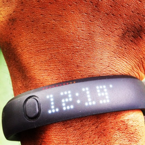 Half way to my goal of 3000 #letsgo #nike #fuelband (at Frost Park)