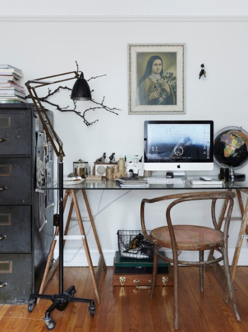 namedaftertowns:  Dream Desk