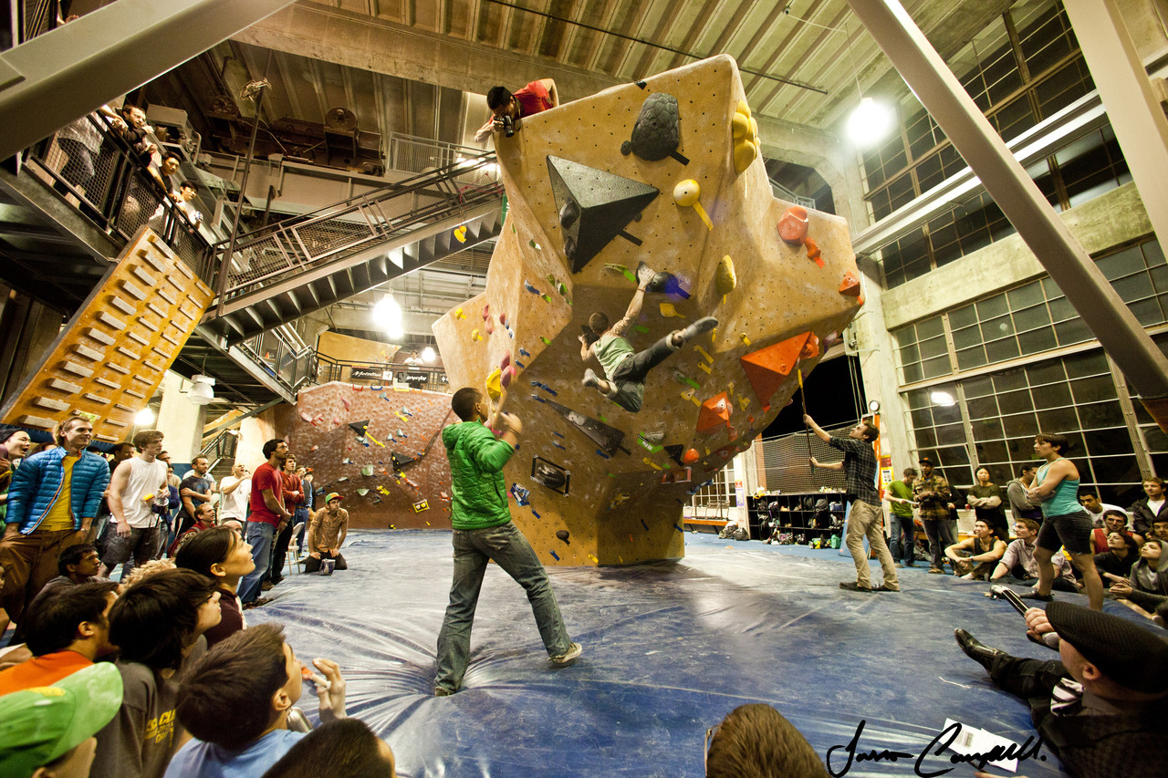 Mens Finals Problem #3 Planet Granite SF Bloc Party 2012 Bouldering Competition