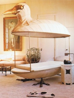 HOME: I would lounge all day on this bird bed.