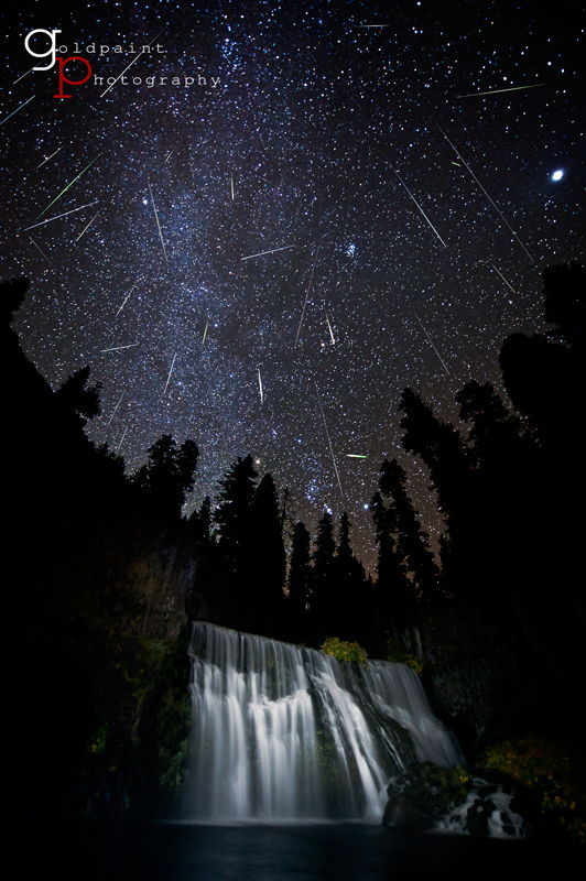 "ikenbot:  Orionid Meteor Shower Peaks Tonight: How to Watch Online The Orionid meteor shower will rain bits of Halley's Comet on Earth tonight in a promising weekend ""shooting star"" display. You can even watch the celestial fireworks online if bad weather spoils your local view. The 2012 Orionid meteor shower will peak early Sunday (Oct. 21), but should still be an impressive sight throughout the overnight hours of late Saturday, NASA scientists say. The space agency will stream live meteor shower views from an all-sky camera at its Marshall Space Flight Center in Huntsville, Ala. ""Earth is passing through a stream of debris from Halley's Comet, the source of the Orionids,"" meteor expert Bill Cooke of NASA's Meteoroid Environment Office said in a statement. ""Flakes of comet dust hitting the atmosphere should give us dozens of meteors per hour."" NASA's live view of the Orionids begins tonight at 11 p.m. EDT and ends at 3 a.m. EDT on Sunday (0300 to 0700 GMT). The space agency will provide a Ustream feed of the Orionids from its all-sky camera, as well as a web chat with astronomer Mitzi Adams to answer reader questions. You can access the webcast and video stream here at 11 p.m. tonight: http://www.nasa.gov/connect/chat/orionids2012.html"