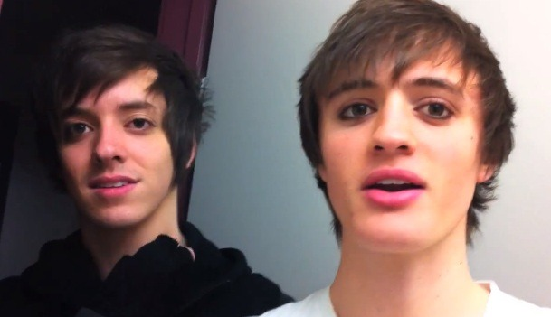 Ben and Zach have make up on.  e_____e I swear Ben is wearing lip stick…