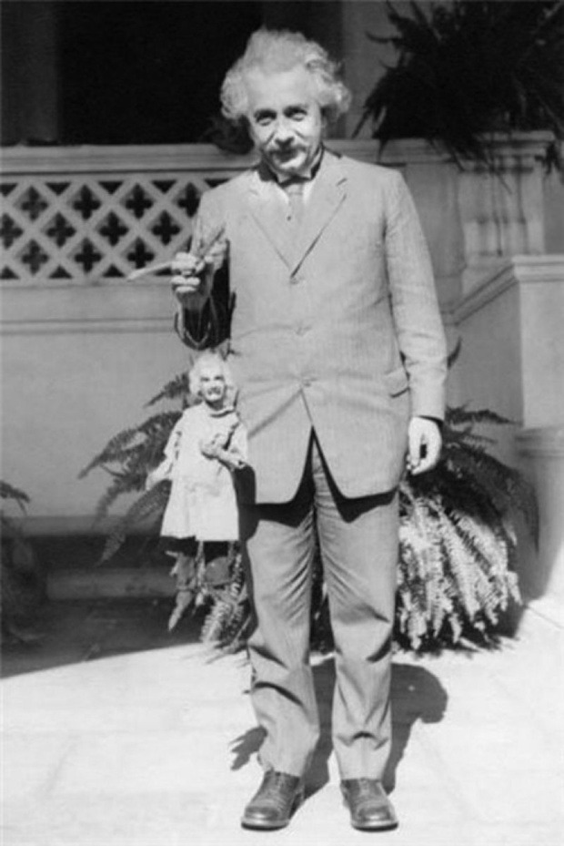 "wired:  archiemcphee:  This photo of Albert Einstein holding a marionette version of himself is pretty awesome, as is the wonderful anecdote that accompanies it: Harry Burnett, one of the three famous Yale Puppeteers, took this photo in 1931 at Cal Tech in Pasadena, CA, where Einstein was teaching. It was during this period that the Yale Puppeteers were working in their theatre, El Teatro Torito, on Olvera Street in Los Angeles, CA. That was where Einstein saw his puppet likeness perform and he was quite amused:  ""He reached into his jacket's breast pocket, pulled out a letter and crumpled it up. Speaking in German, he said, ""The puppet wasn't fat enough!"" He laughed and stuffed the crumpled letter up under the smock to give the puppet a fatter belly. This is a wonderful photograph that Harry treasured. Harry Burnett also kept the letter in a frame and loved to retell the story and at the end give his pixish [sic] laugh.""  [via Retronaut]  Better than an action figure. Creepier, too."