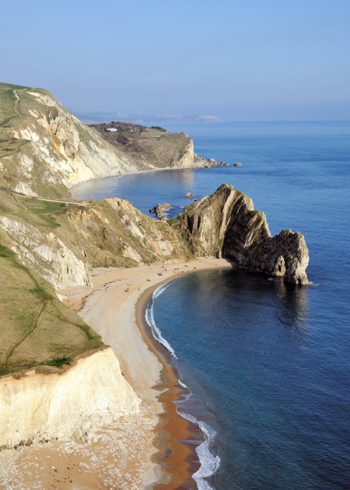 travelingcolors:  Durdle Door, Dorset | England (by Saffron Blaze)
