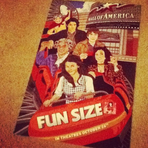 sibunatorbrandon:  Look at the awesome #FunSize poster I got today!!! :) @carlyraejepsen