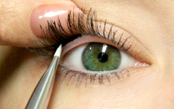 beautylish:  Learn How to Tightline Eyes!  the detales on how to were good i mean like when ever i go to read some instructions about anything i cant understand them but i like your instructions plus i did the tightline eyes for a party and it looked perfect and i also got complements on my eyes to:)