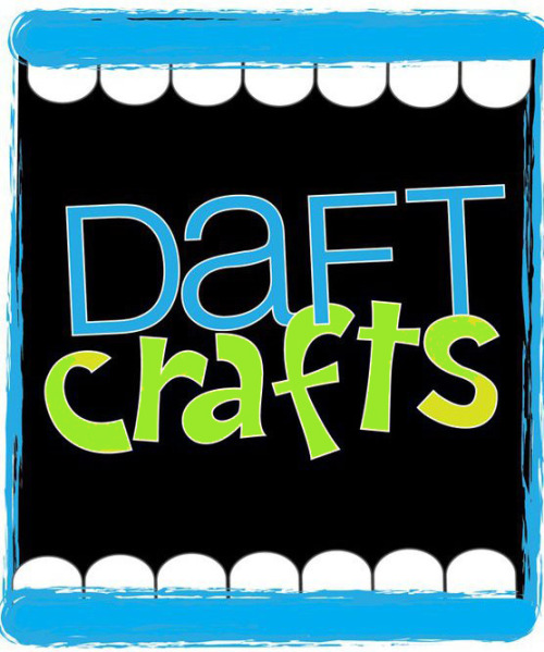 What I've been up to. :) I just recently relaunched Daft Crafts, a venture that is very near to my heart. I have been working my booty off creating content, organizing contributors, and securing sponsors to be able to make this big relaunch happen! To learn more about what Daft Crafts IS and WAS - click here. :) Take a peek around the site! It's still a baby but soon will be full of handmade business advice, marketing, photography and branding tips, meet the maker show cases and more!