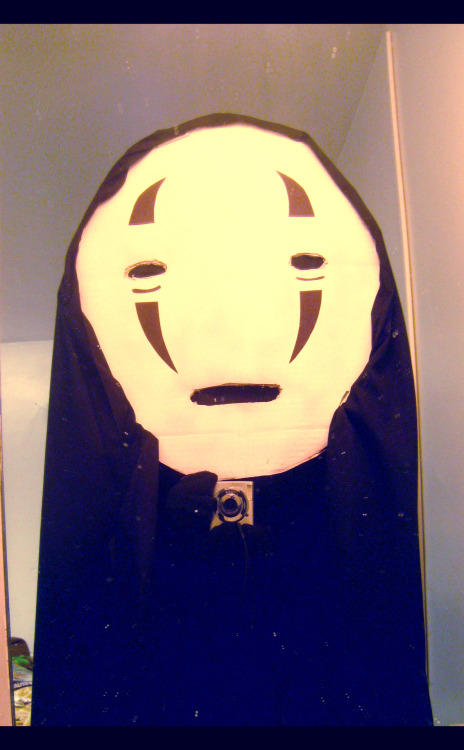 matsvri:  So I went to Barn Party as no-face.. too bad most people don't know Ghibli.. another factor might be that 98% of people at my school are white…