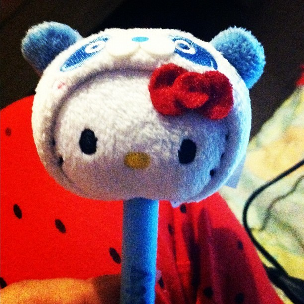 My cute ass hello kitty pen. ❤ #hellokitty #pen #pandabearhellokitty #sanrio