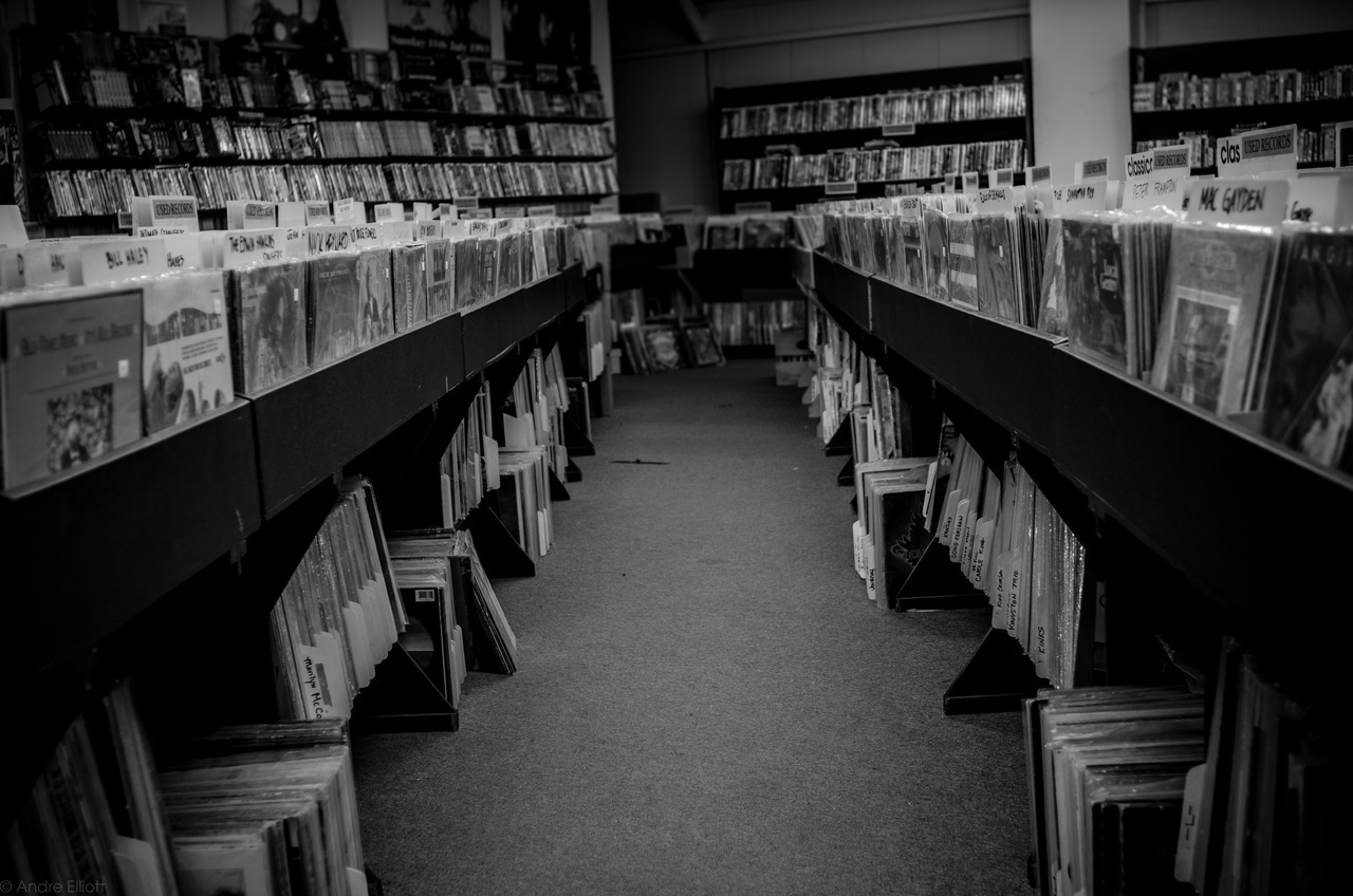 Beats Sacramento vinyl section. © Andre Elliott