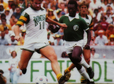 Pelé against Tampa Bay Rowdies. New-York Cosmos. (1977).
