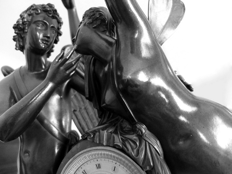 Details on a bronze clock in a suite at Westminster Hotel, Paris  Photo Thomas Filippini