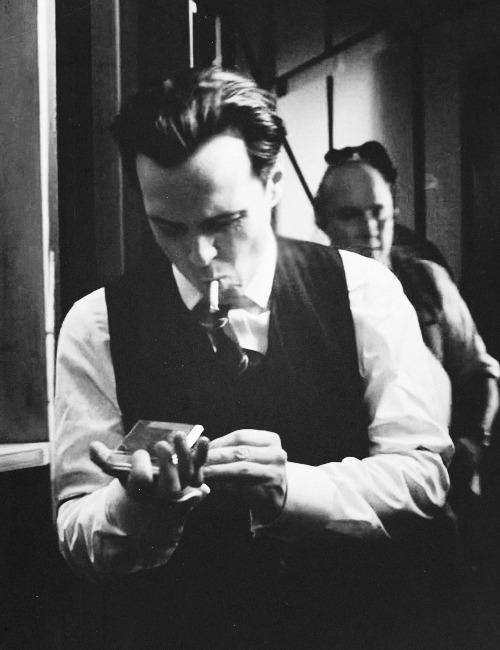 blurrymelancholy:   ✰ 10/20 favourite photos of Andrew Scott ✰