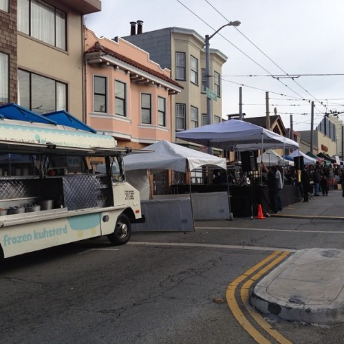 We are open for business for Sunday Streets / Excelsior Festival from 11-4. #wheresFK #Excelsior #onlyinsf #frozencustard #frozenkuhsterd #sanfrancisco #foodtruck #desserttruck     (at Bank of America)