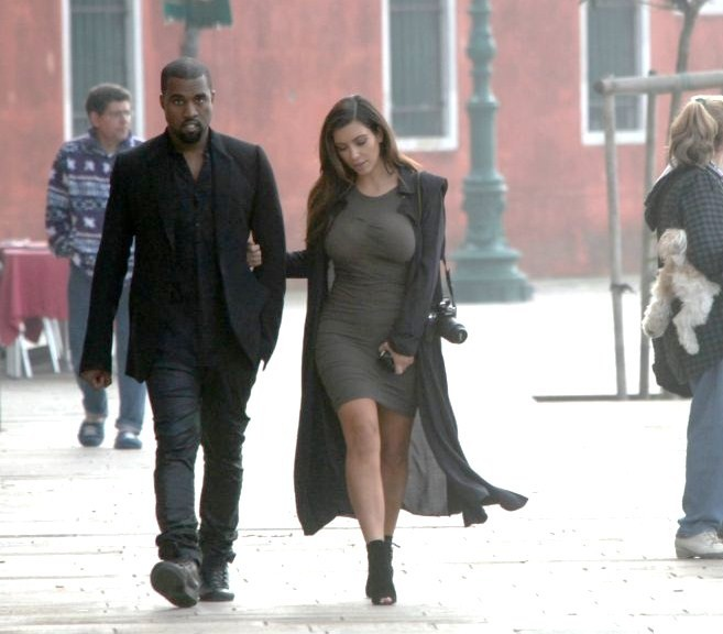 kanyewestitalia:  Kanye and Kim  today out in Venice, Italy