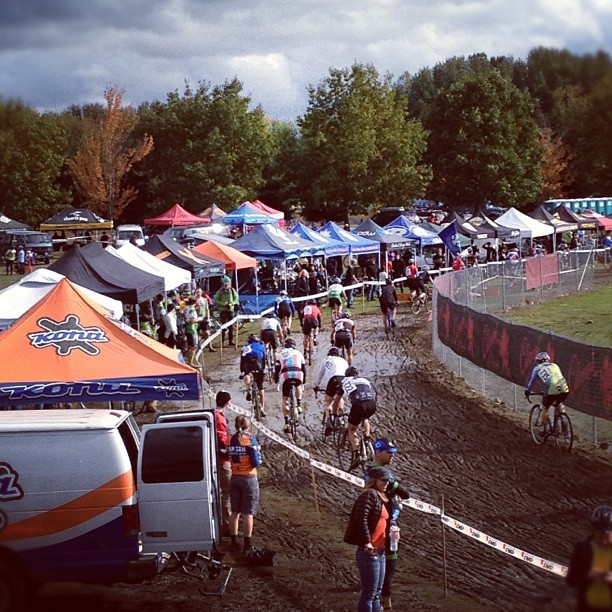 Portland cross, that's what's up #pdxbound #cx #bikes (at Portland International Raceway)