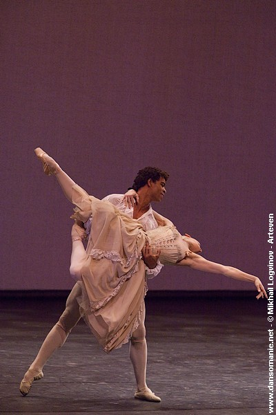 Carlos Acosta and Tamara Rojo in Manon. Photo (c) Mikhail Loginov.