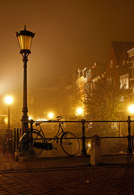 bluepueblo:  Foggy Night, Utrecht, The Netherlands photo via transylvania