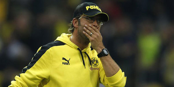 Klopp's Tactical Gamble Backfires Borussia Dortmund's Jürgen Klopp has been regarded as one of the most respected managers in Europe after his back-to-back Bundesliga title wins in the last two seasons. But the honeymoon seems to be over, at least for this week, after a 2-1 home loss to fierce rivals Schalke in which Klopp used three at the back instead of his usual positioning. It didn't work, but possibly more noteworthy are Lukasz Piszczek's comments to bundesliga.com about how this tactic was not even tested in practice before the match.  bundesliga.com: And did you practice playing with just three back in training?Piszczek: No.bundesliga.com: So Dortmund were trying out this variation for the first time against Schalke?Piszczek: That's right.  Bizarre. Schalke had not beaten Dortmund since 2009 in this league fixture and Dortmund were favorites to get points again at home, but the tactical change only served to make Dortmund look unorganized and lethargic. Furthermore, this is Germany's biggest derby and Schalke were then (and still are) above Dortmund in the table. It's much too early to presume Klopp's gamble has lost them the title, but it is true that it's a daunting task as they're currently 12 points behind Bayern, who have set a record in winning all eight games this season.