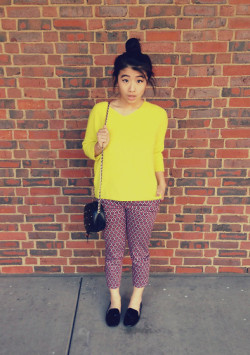 102112 Printed Pantz Sweater, Gap (last fall)Pants, H&MShoes, AldoBag, Thrifted I am obsessed with prints this fall! Prints on pants are my favorite!  BW