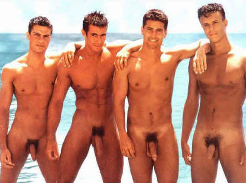 buds at the beach… for these boys it's endless summer… topher ;) (thanks to themirrorlookingback for the submission)  side note: BOB is trying to reach 10000 followers by new year's, so any reblogging, favoriting, liking and promoting is much appreciated!