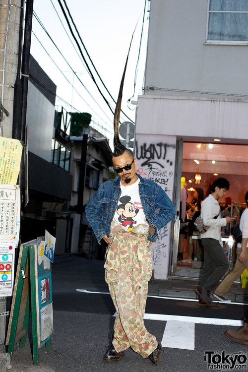 "tokyo-fashion:  Kazuhiro-san, the founder of AvantGarde Harajuku, showing off his Guinness Book ""World's Tallest Mohawk"" on the street in Harajuku. This guy is awesome!"