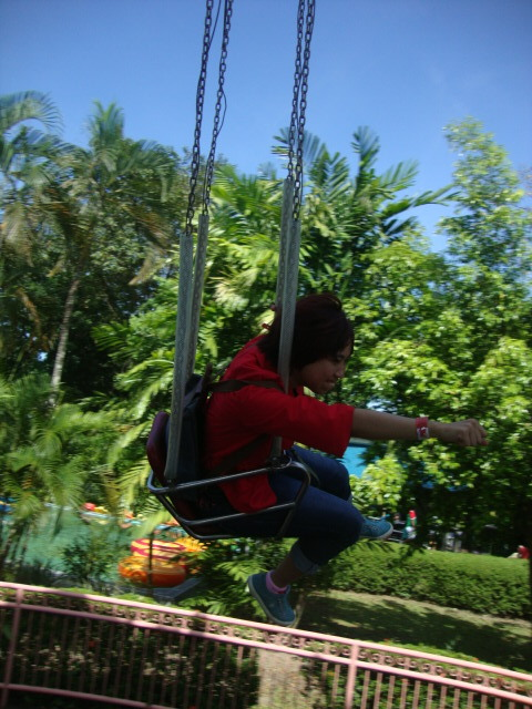 Flying like a boss. haha. That's Kim.