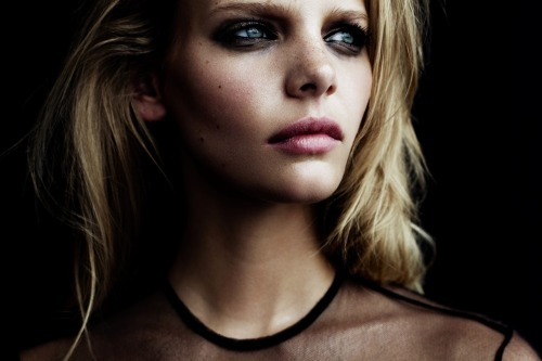 Marloes Horst photographed by Billy Kidd for Oyster Magazine #101, Fall 2012
