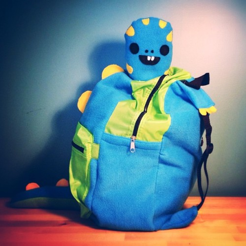 Hey hey look at what I made :) Here is my nephew's bday present - #backpack #children #child #monster #dinosaur #creature #plush #cute #adorable #stuffed #stuffedanimal #zipper #blue #bucktooth #tail #spikes #birthday #birthdaypresent #present #artist #craft #sewing #fleece #nylon #felt #handmade