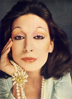 Anjelica Huston for Vogue | 1972