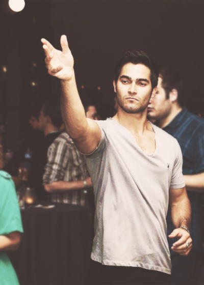 devildoll:  fishwink:  #tyler hoechlin #benevolent beer pong king [via nininghasfeelings ]  reblogging for perfect tags  and sexing up the room in the process