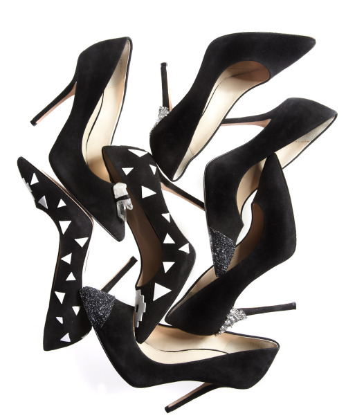 shoelust:  Nine West's Blogger DIY Shoes for the CFDA's Fashion Targets Breast Cancer