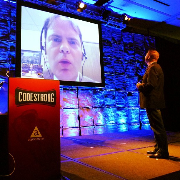 Rainn Wilson just hijacked #CODESTRONG from @jhaynie. Just got real. (at InterContinental San Francisco)