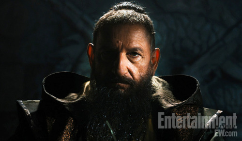 popculturebrain:  First Look at Ben Kingsley as new 'Iron Man 3' villain The Mandarin | EW Last new 'Iron Man 3' pic, for now.