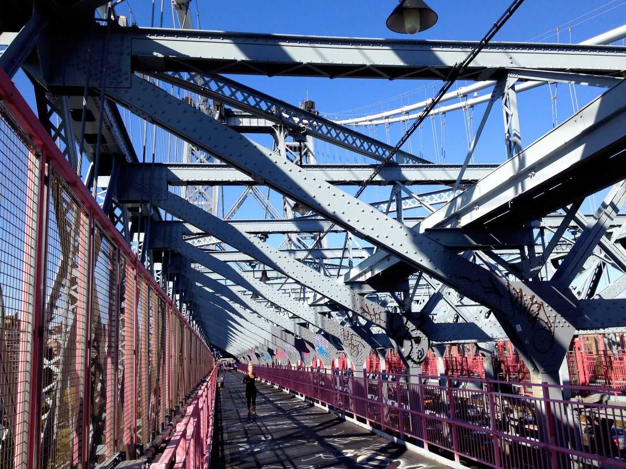 5 bridge run: manhattan to brooklynwilliamsburg bridge, nyc 11:50 am, 53° 15 miles