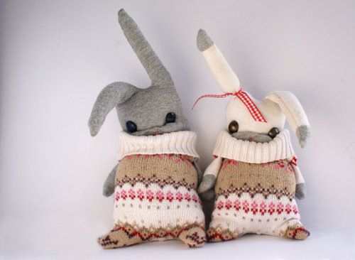 superawesomeshop:  Bears and Bunnies in sweaters by upcycling shop theRemakerie (Great name) As seen on the recommended Tumblr awesomeetsy