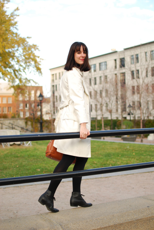 modcloth:  Love this chic, simple look from Le Vie C'est Yeye.