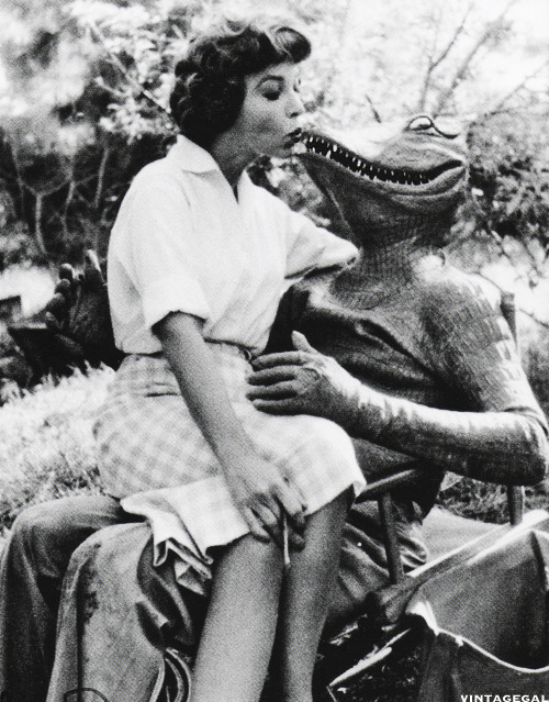 On the set of The Alligator People (1959)