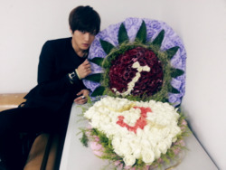 Jaejoong in flowers ^^ (Jaejoong's twitter) click for more KPOP