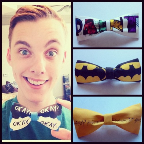 NEW BOWTIES AVAILABLE! Paint, Batman, AND LOTR. OH YEAH. Thanks JON COZART my love. http://www.etsy.com/shop/tessaROXX