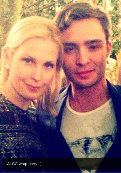 Kelly Rutherford & Ed Westwick at the Gossip Girl Wrap Party (Source)