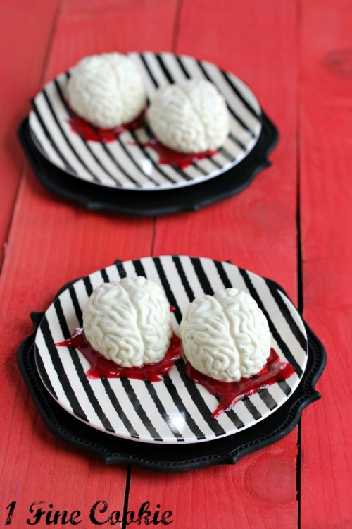 gastrogirl:  panna cotta brains with raspberry sauce.