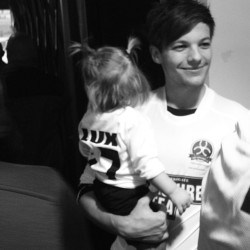 louteasdale: Luxs big day as Louis' mascot