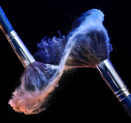evrymom:  makeup brush by unknown artist