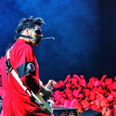 slipknot:  .@stuperbee / #4. #jimroot #spititout [Photo: Randy Blythe]