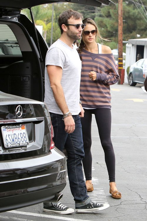 @AngelAlessandra & @anjasdaddy in brentwood, california (oct 20)