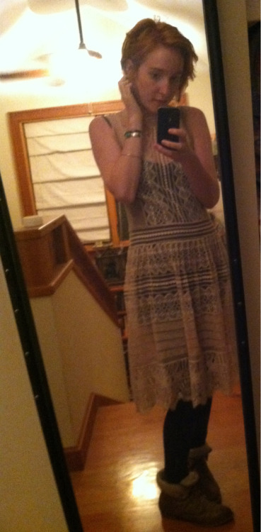 so I bought this dress yesterday and I really like it oops it's got pretty buttons going down the back too