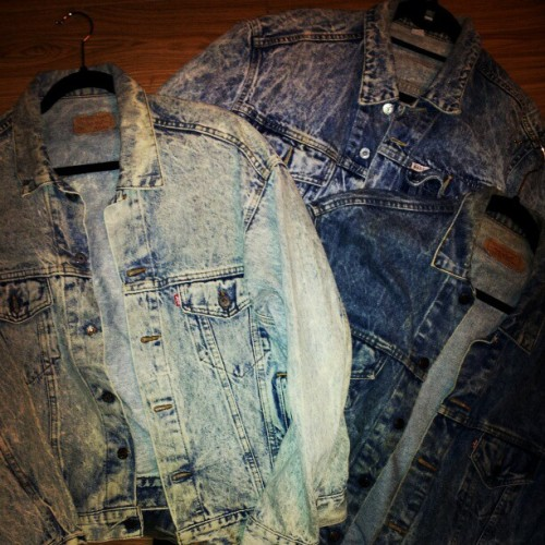 Stonewash denim jackets hitting soon! #vintage #levis #denim #fashion #jackets #thesaltwatergypsy #saltwatergypsy